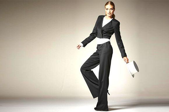 Адже усім відома модель брюк марлен стала мега-популярною завдяки саме  Марлен Дітріх і її любові до епатажу і експериментів у стилі. b2de7f889ff8a