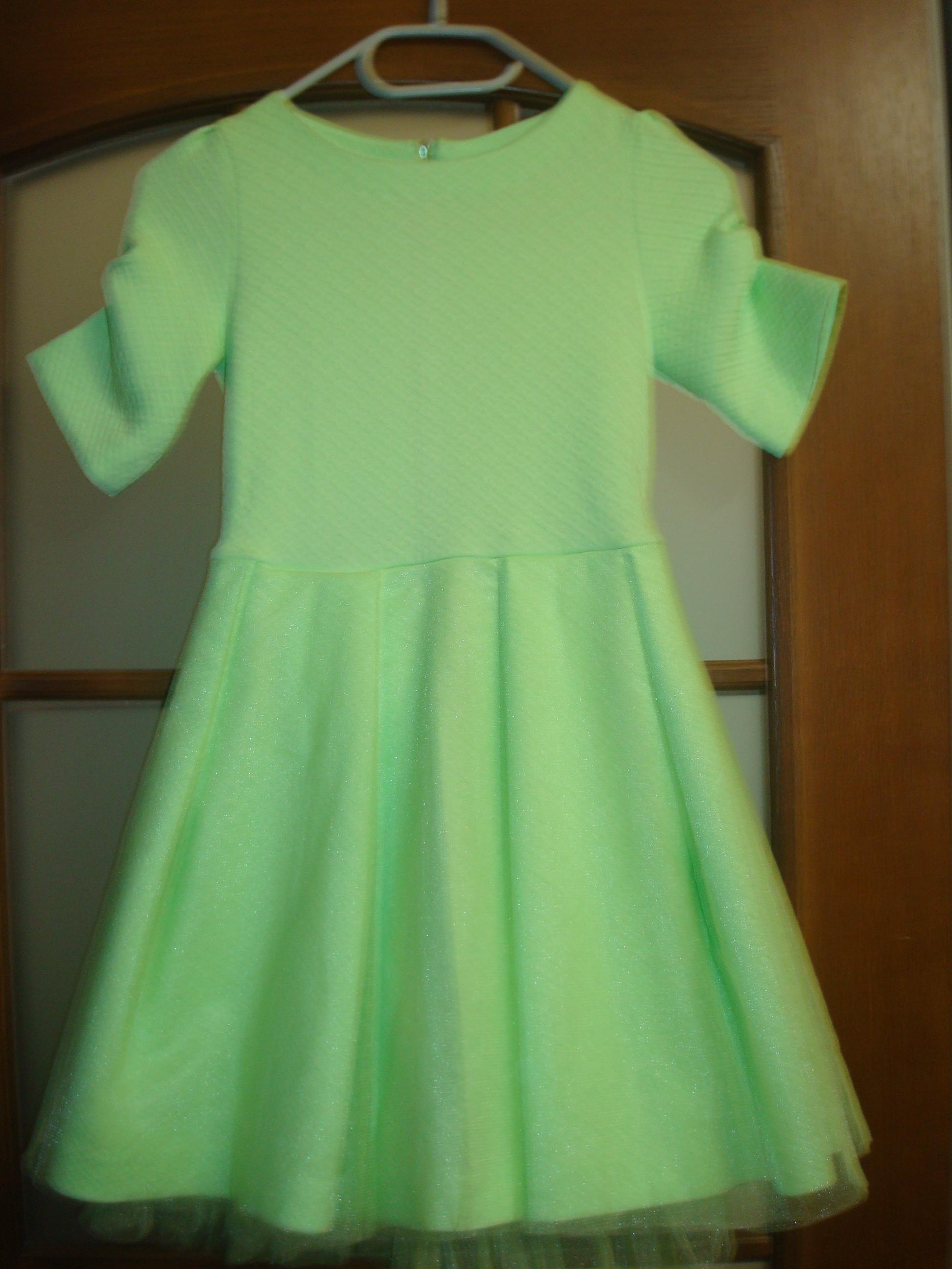 Как сшить платье из гипюра и трикотажа Зигзагом. com 37