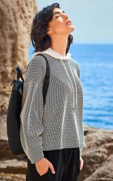 Як пошити модний пуловер зі складками на рукавах