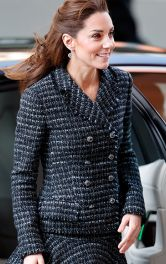 Кейт Міддлтон у твідовому спідничному костюмі