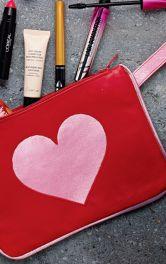 Як зробити косметичку із сердечком власноруч