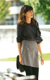 Жіноча блузка з воланом Burdastyle