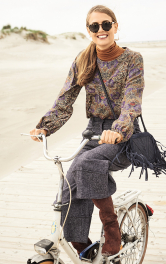 Жіноча блузка зі складками Burdastyle