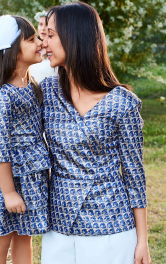 Жіноча блузка з баскою Burdastyle