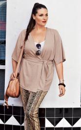 Жіноча блузка з запахом Burdastyle