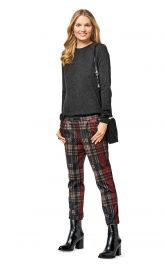 Жіночі брюки прямого крою Burdastyle