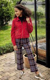 Жіночі брюки капрі розкльошеного крою Burdastyle