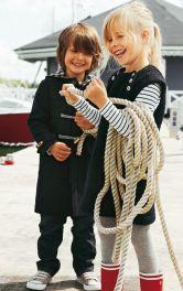 Дитячий дафлкот з капюшоном Burdastyle
