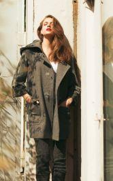 Жіночий дафлкот з капюшоном жилет Burdastyle