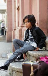 Дитячі джинси класичного крою Burdastyle