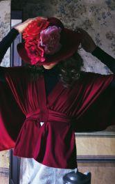 Жіноча блузка оригінального крою Burdastyle