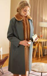 Жіноче пальто з хутряним жилетом Burdastyle