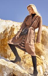 Жіноче пальто із запахом Burdastyle