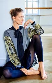 Жіночий пуловер з пайєтками Burdastyle