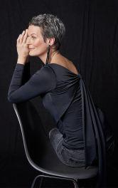 Жіночий пуловер приталеного крою Burdastyle