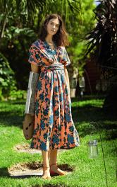 Жіноча трикотажна сукня-трансформер Burdastyle