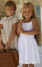 Дитяча відрізна сукня-сарафан Burdastyle