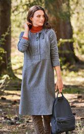 Женское платье прямого кроя Burdastyle