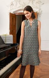 Жіноча сукня з воланом Burdastyle