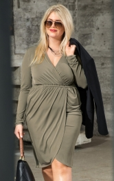 Жіноча трикотажна сукня із запахом Burdastyle
