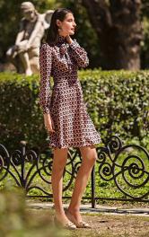 Жіноча сукня відрізна Burdastyle