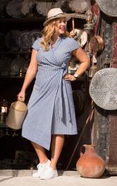 Жіноча сукня із запахом Burdastyle