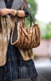 Жіноча сумка зі штучного хутра Burdastyle