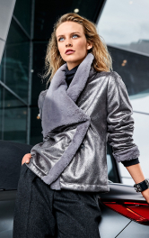 Жіноча шкіряна куртка Burdastyle