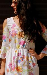 Модний тренд літа 2017: топ 15 суконь з воланами і оборками