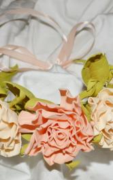 Віночок в персикових відтінках