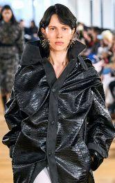Шкіряне пальто - модний тренд