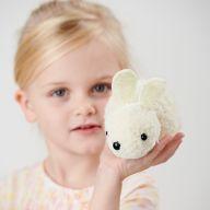 Як власноруч виготовити іграшку кролика із помпонів