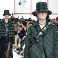 Головні убори на осінь на модних показах