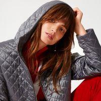 Стеганые пальто, куртки и жилеты