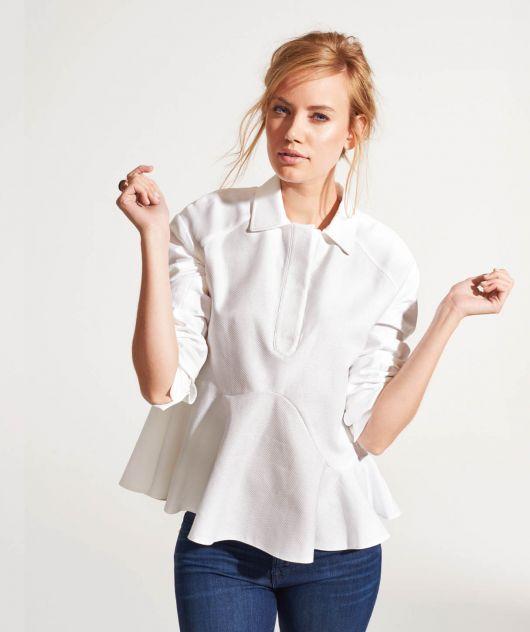 Блузка із асиметричною баскою