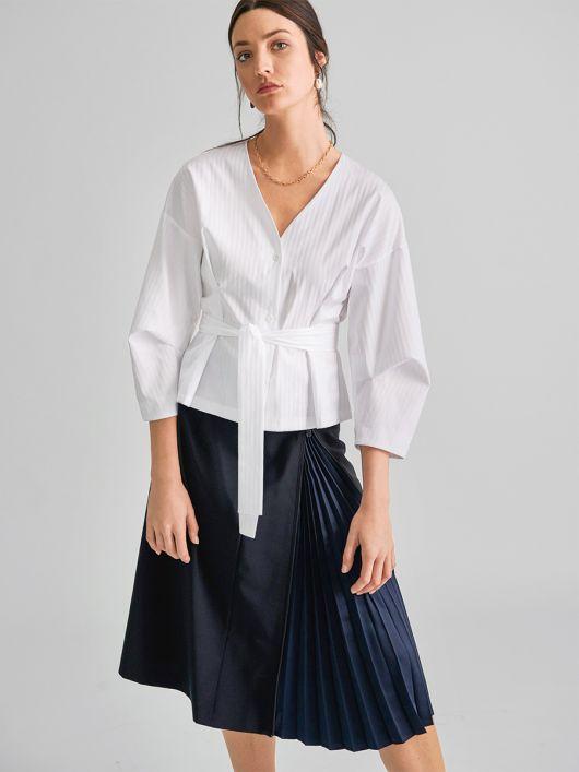 Блуза-сорочка з об'ємними рукавами