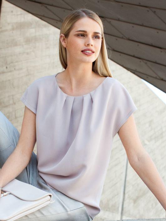 Блузка прямого крою