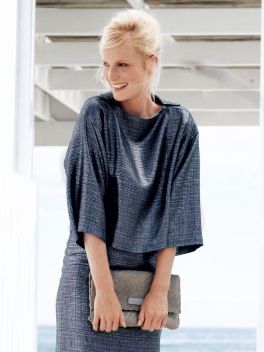 Блуза з рогожки з широкими рукавами