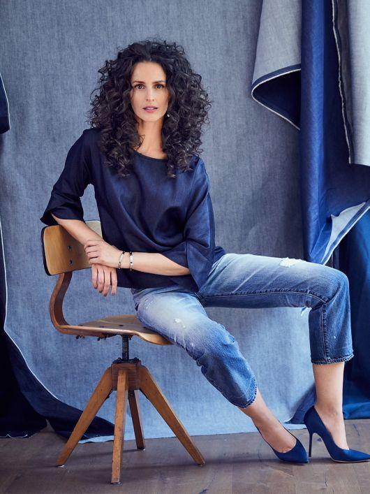 Блуза джинсова з воланами на рукавах