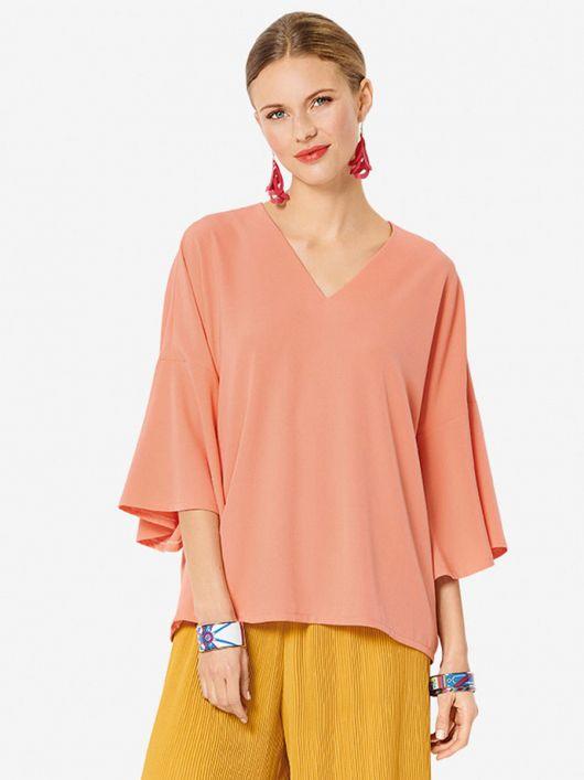 Блузка шелковая с V-образным вырезом