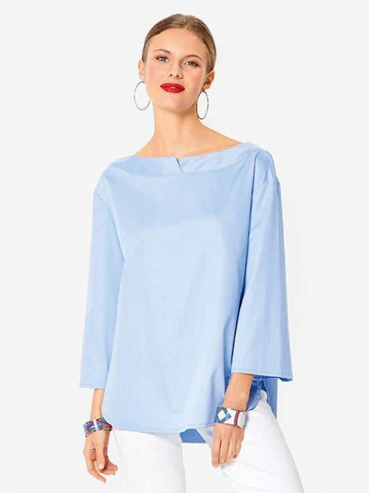 Блуза з фігурними планками на горловині
