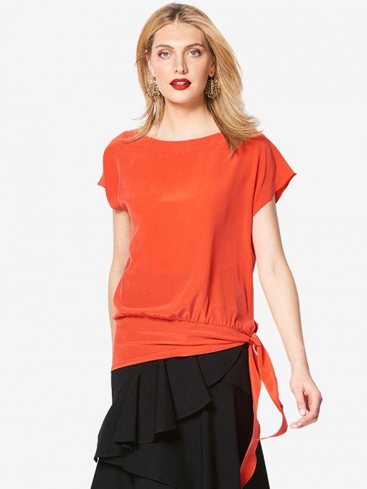 Блуза шовкова з асиметричною деталлю