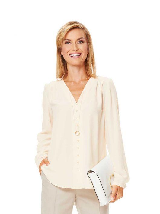 Блузка-сорочка з V-подібним вирізом