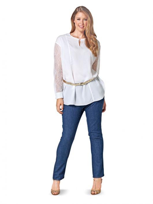 Блуза прямого крою з мереживними рукавами