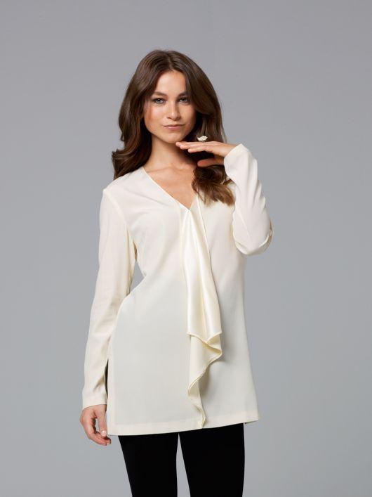 Блуза із суцільнокроєними воланами