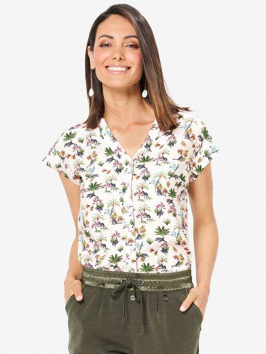 Блуза приталеного крою з короткими рукавами