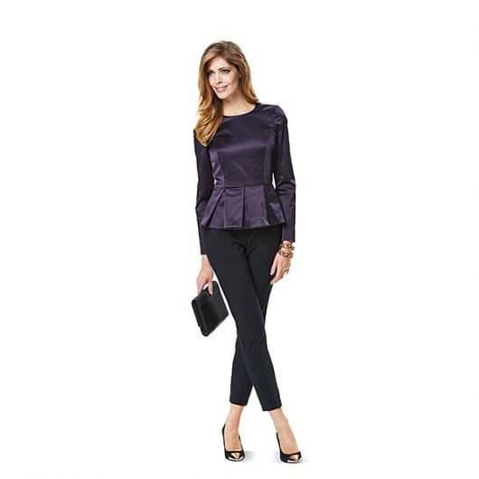 Блуза з баскою в складки
