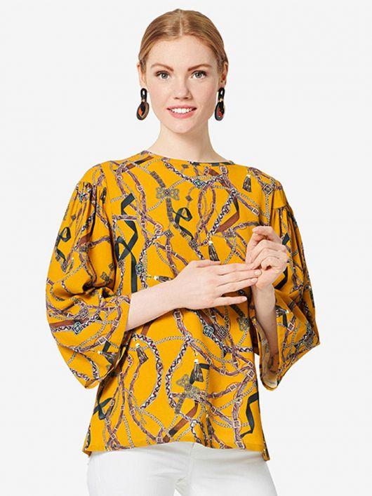 Блуза з широкими рукавами
