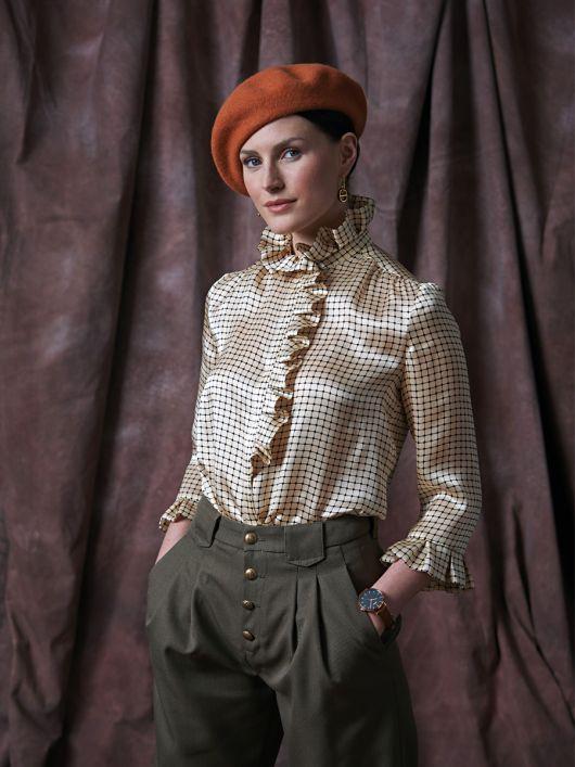 Блузка шовкова сорочкового крою