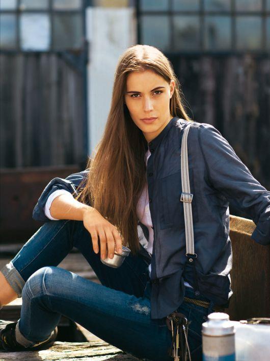 Блуза сорочкового крою з накладною кишенею